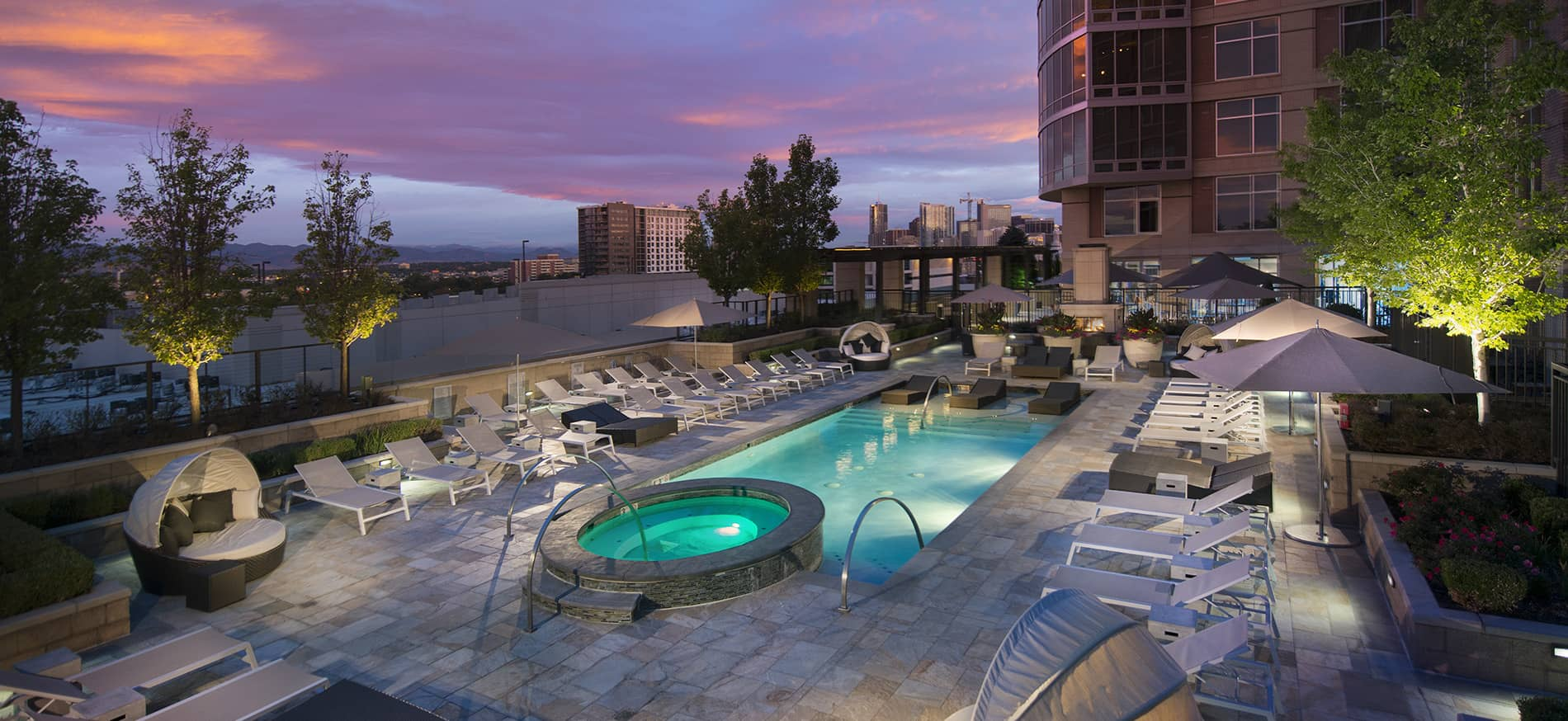 Acoma penthouses and apartments in denver co