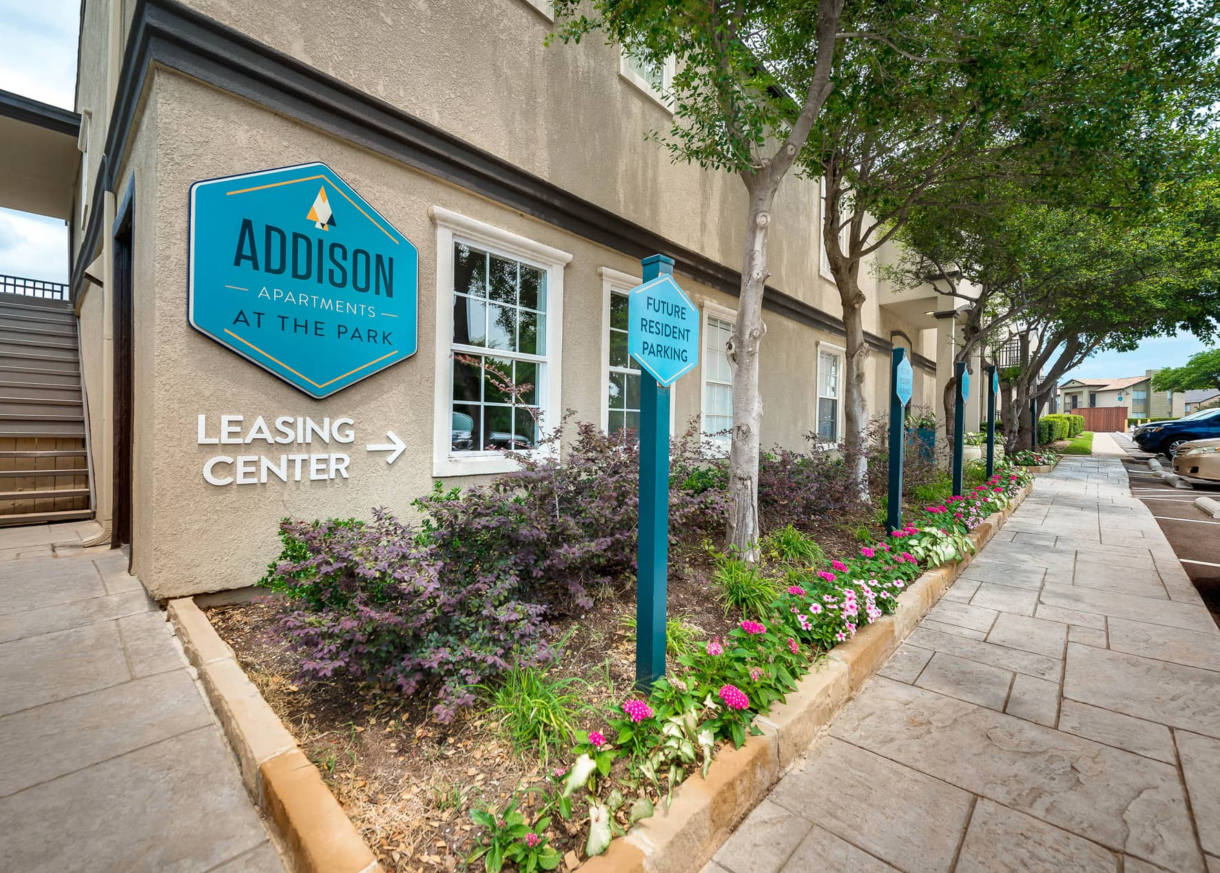 Photos and Tours of Addison Apartments at the Park | Addison