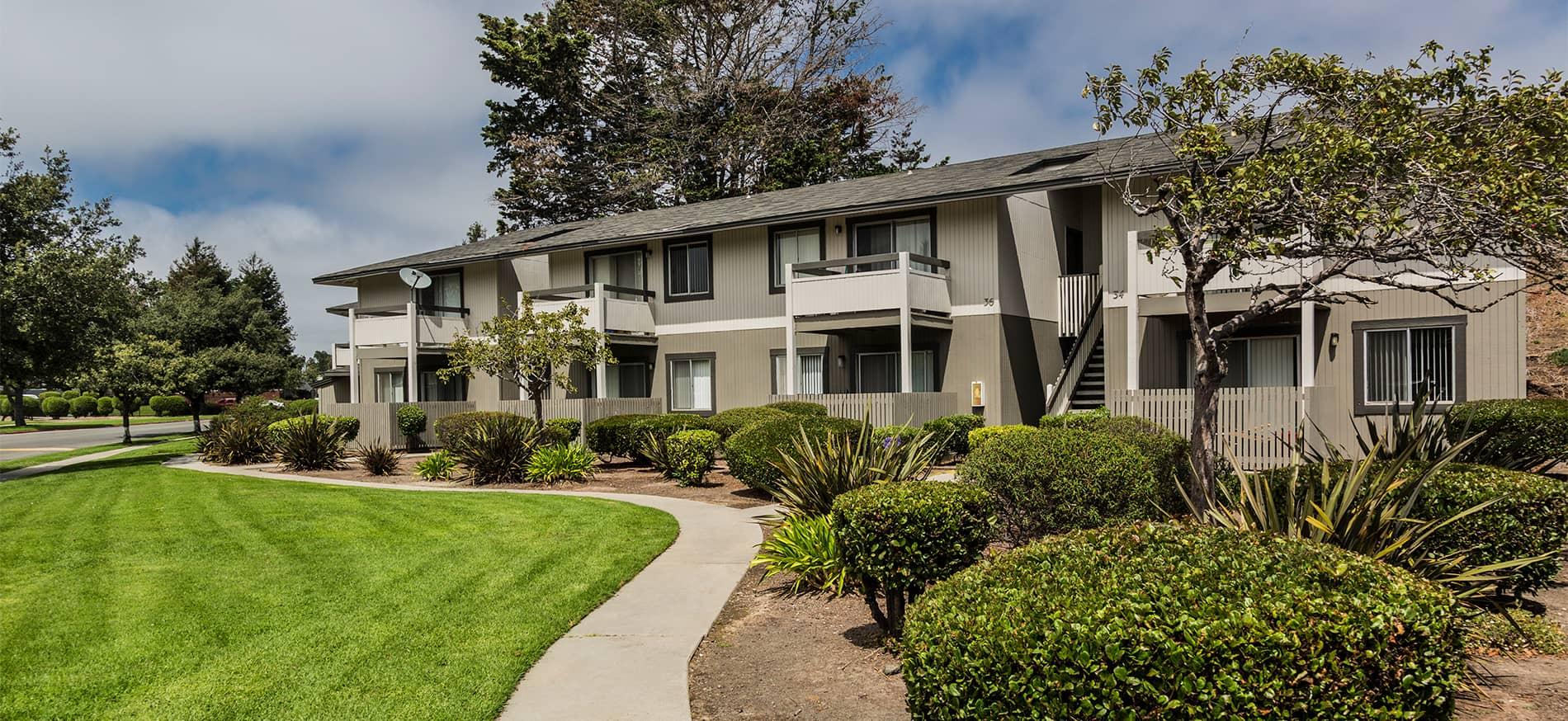 Cambridge Court Apartments in North Salinas CA