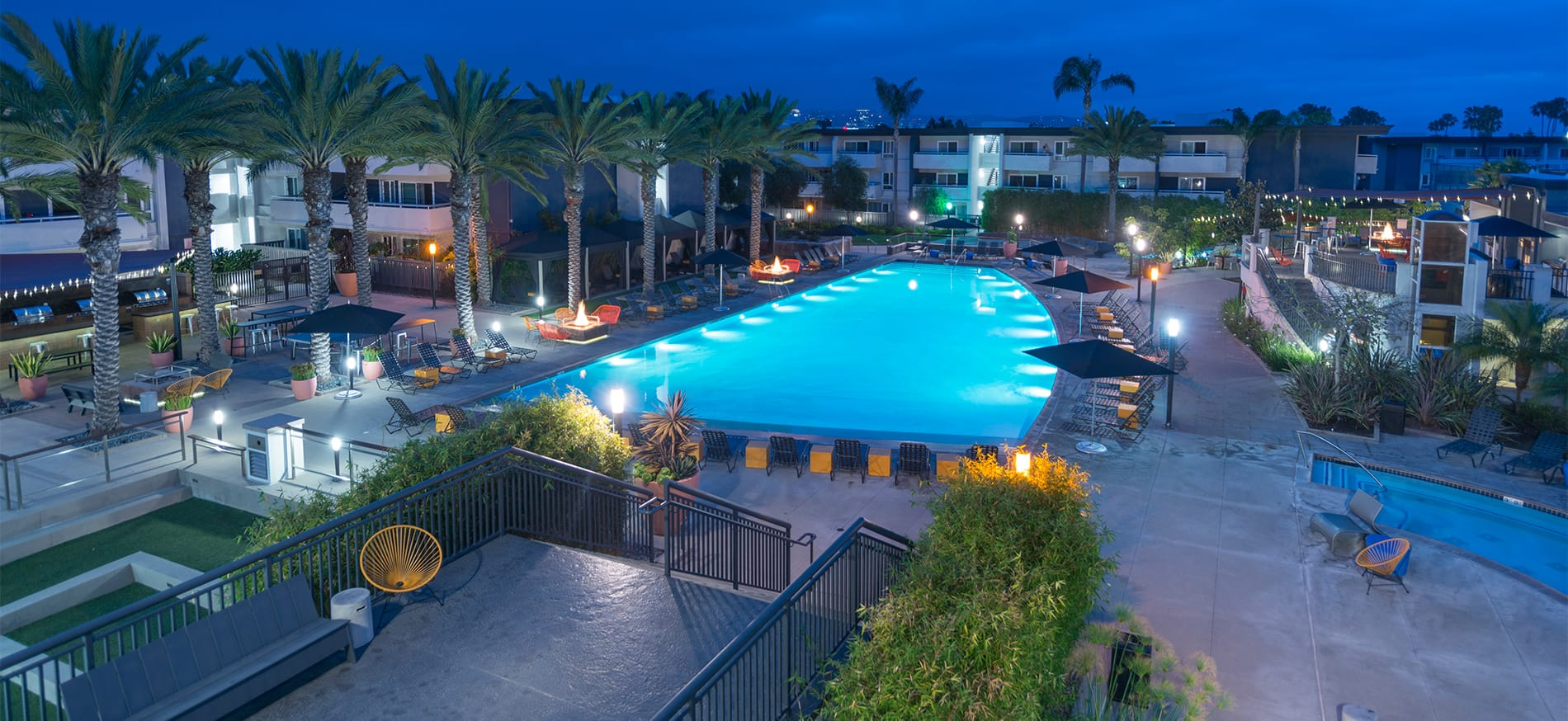 Eight 80 Newport Beach Apartments in Newport Beach