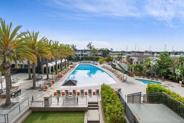 Eight 80 Newport Beach Apartments In