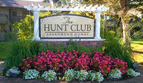 Hunt Club Sign