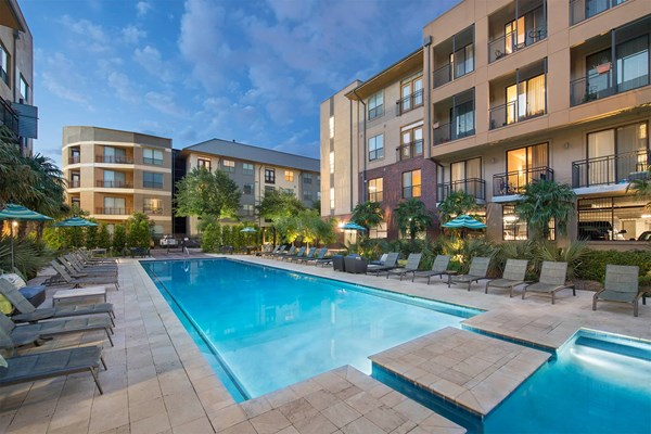 Legacy Village Apartments In Plano Tx
