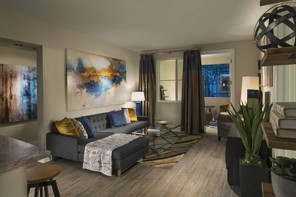 The Residences At Bella Terra Apartments In Huntington
