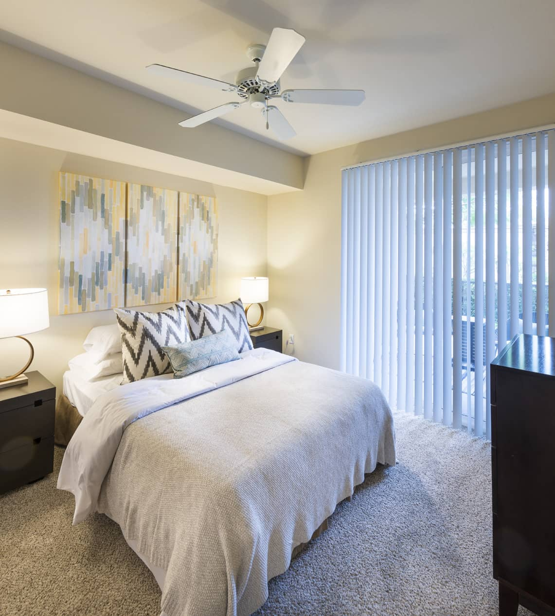 Towne Square Apartments: Photos And Tours Of Verano At Rancho Cucamonga Town Square