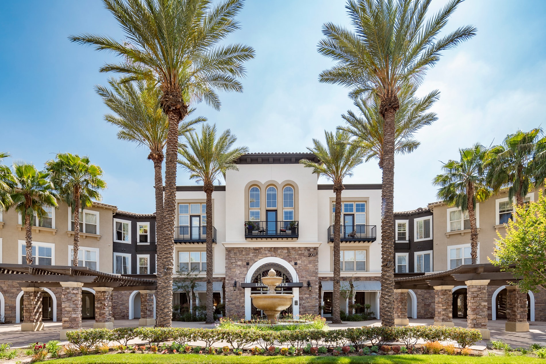 Verano At Rancho Cucamonga Town Square Apartments In The Inland Empire Area