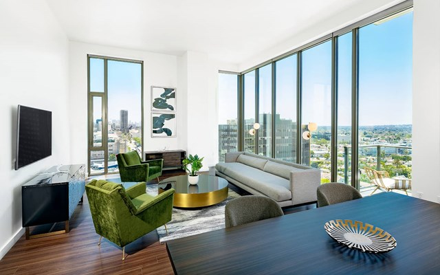 Vision on Wilshire Apartments Living Room