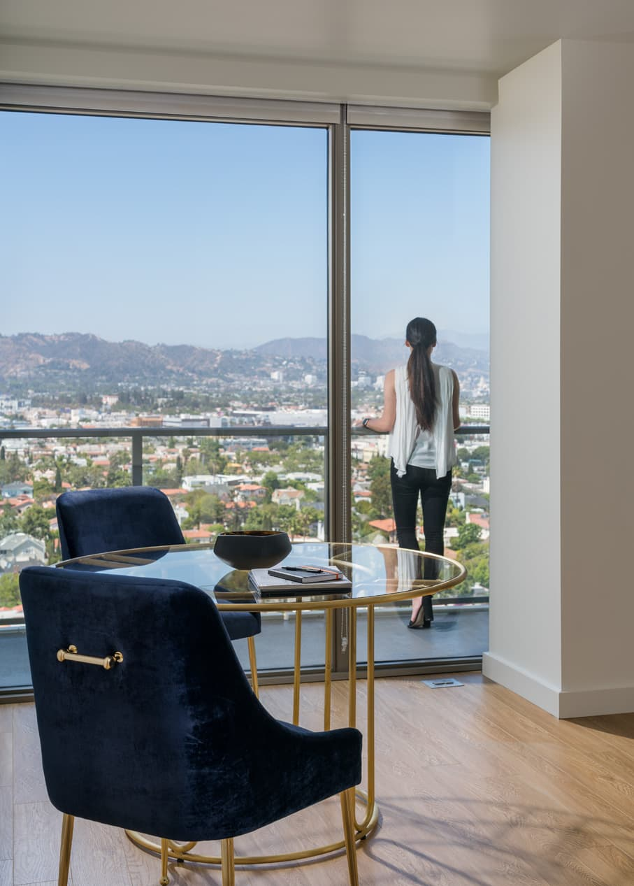 Photos and Tours of Vision on Wilshire | Los Angeles