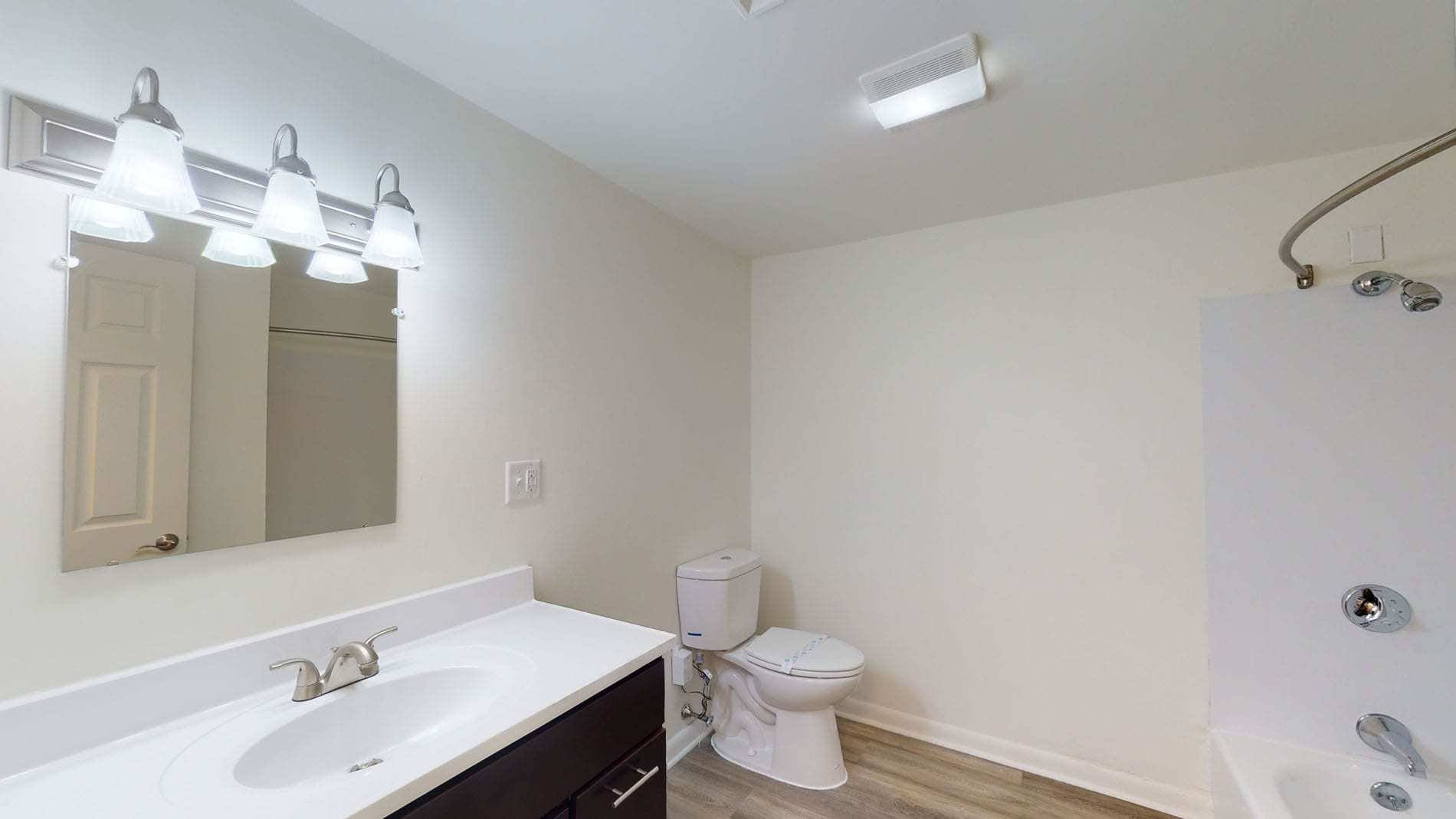 2 Beds, 1 Bath apartment in Norwood for $1,802